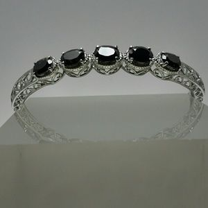Jewelry - THAI BLACK SPINEL STAINLESS STEEL BANGLE